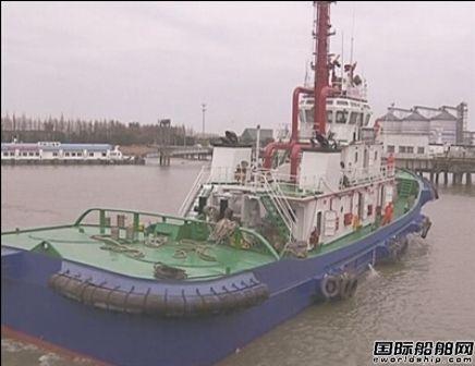 南通沿海最大专勤消防船启用