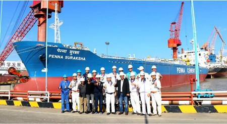 上海中远海运重工交付大型水泥自卸改装船