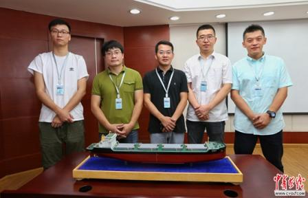 """五个80后小伙设计了一艘""""通江达海""""的大船"""