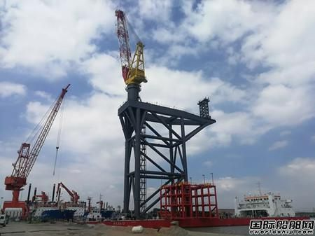 华南船机顺利交付650吨起重机