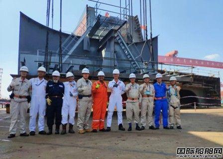 外高桥造船SBM项目FPSO船体总组开工