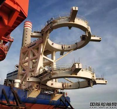 武汉船机成功研制首台套风电安装船抱桩系统