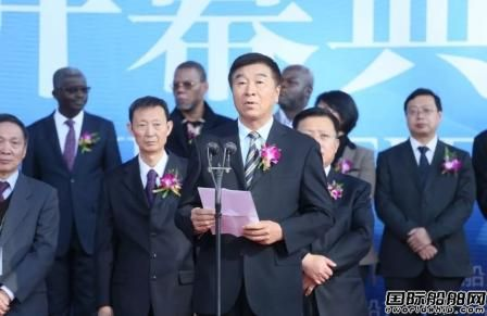 第十三届大连国际海事展盛大开幕