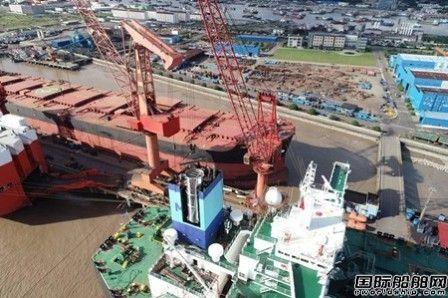 万邦永跃完成全球首例VLCC安装脱硫塔项目
