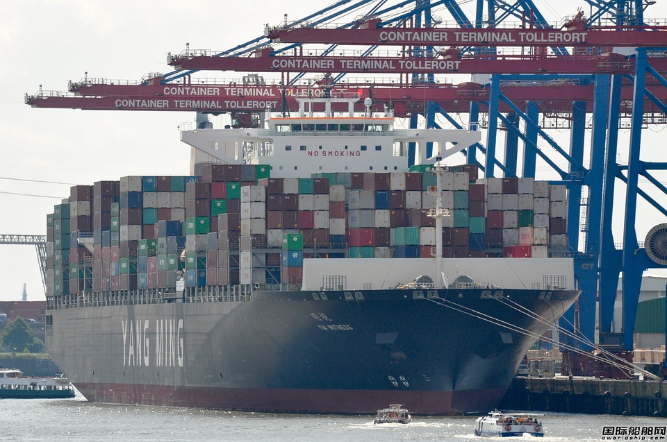 阳明海运租赁4艘14000TEU集装箱船