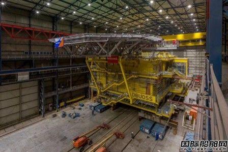 达门修船厂完成德国海上风场完成升压站建造