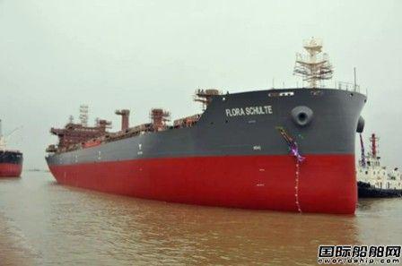 口岸船舶一艘3.85万吨散货船顺利出坞