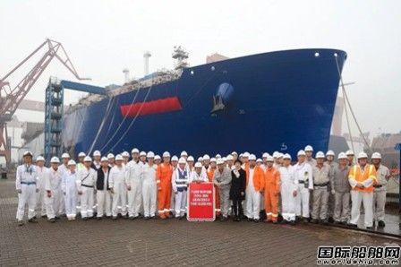 沪东中华亚马尔项目首艘LNG船出坞