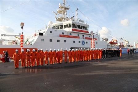 """""""海洋地质九号""""船完成入列首年调查科考任务"""