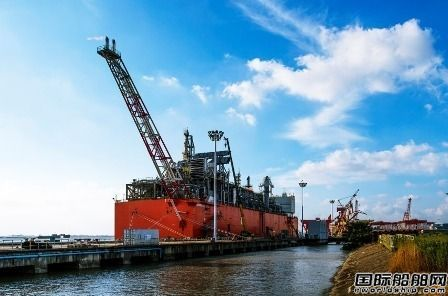 惠生海工建造首艘FLNG正式启航