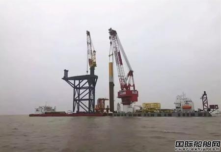 """""""中天9""""完成海上风电首根基础桩施工"""