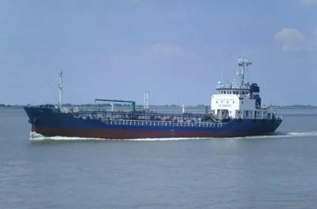 中国国家开发银行成功拍得两艘新造油轮