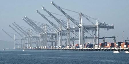 越来越多靠泊奥克兰港的船只选择使用岸电