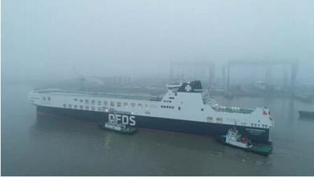 ABB首套低速抱轴式轴带发电机系统助力世界最大货物滚装船