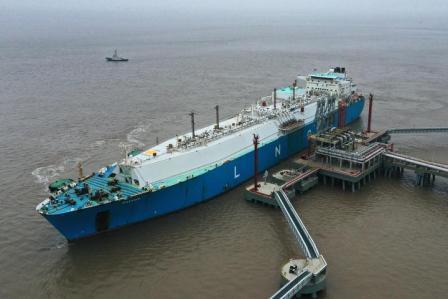 新奥舟山LNG接收站迎来新年首艘液化气船