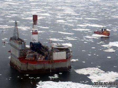 利勃海尔为俄罗斯首座海上石油平台更新起重机