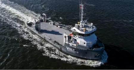 达门为挪威养鱼场建造水产养殖支持船