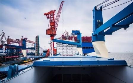 远望号火箭运输船维修改造进展顺利