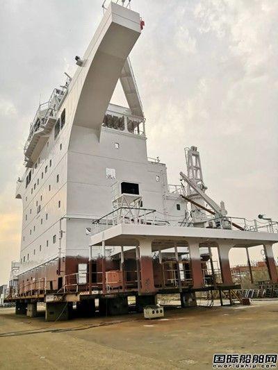 外高桥海工3月完整性交付7个上建总段