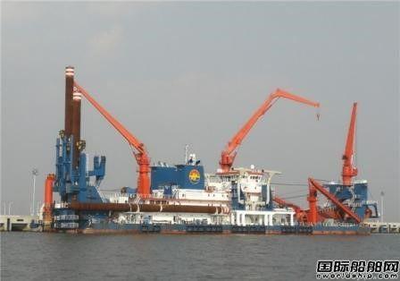 """中国建造世界最大绞吸挖泥船""""新海旭""""起航"""