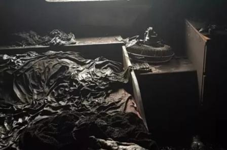 MSC旗下一艘集装箱船在意大利燃烧起火