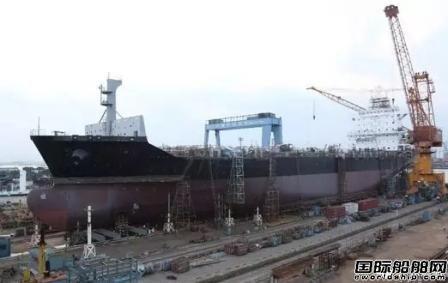 广东中远海运重工两艘1750TEU集装箱船完成重要节点
