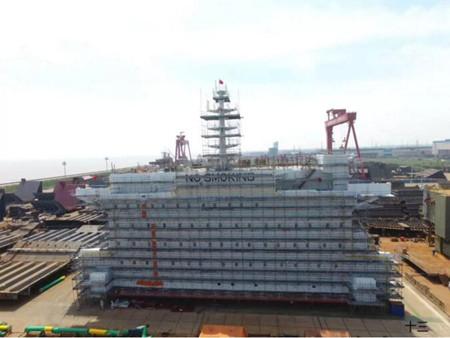 外高桥海工完成首套FPSO生活楼涂装工作