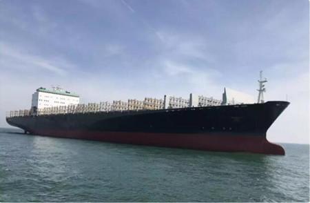 配套七一一所脱硫系统大型集装箱船试航成功
