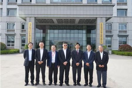 日本邮船高层访问青岛双瑞公司