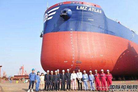 扬子江船业两艘82000吨散货船实现两大节点