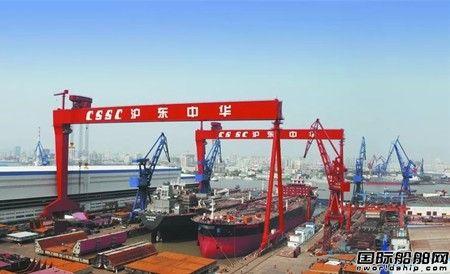 沪东中华提前22天完成一船出坞一船起浮节点