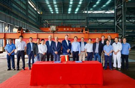 中航鼎衡7000吨不锈钢化学品首制船顺利开工