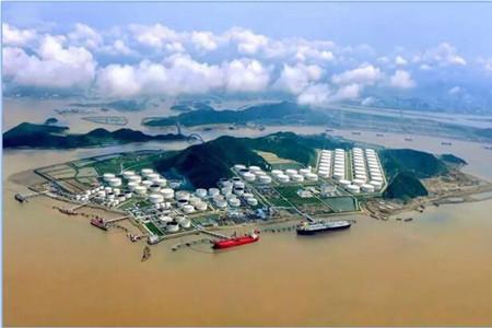 中国船燃率先利用不同税号油品调和低硫燃料油