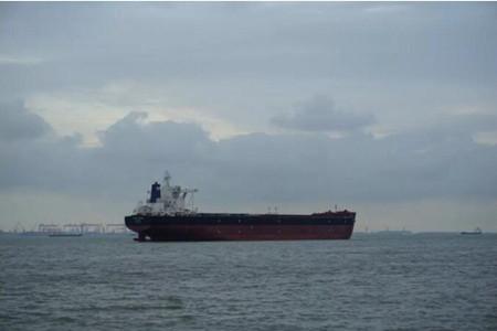 外高桥造船20.8万吨散货船H1390船完成试航