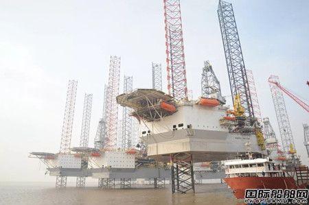 外高桥造船首座CJ50型自升式钻井平台命名交付