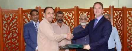 达门船厂集团与巴基斯坦船厂签署技术合作协议