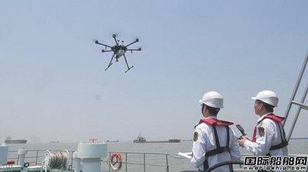 浦东海事局无人机查获国内首起在航船燃油硫超标案件