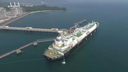 新纪录!我国首个LNG接收站接卸LNG突破1000船
