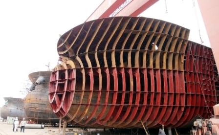 扬州内河造船业迎建造高峰