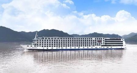 中江船业建造长江上最大豪华游轮试航