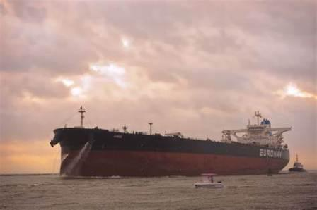 特朗普宣布加税后,联合石化首次租入VLCC运输美国原油