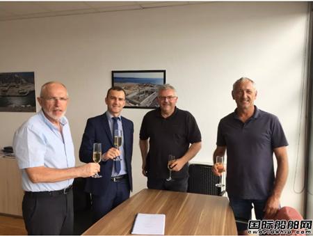 达门集团签署第100艘浮船驳订单