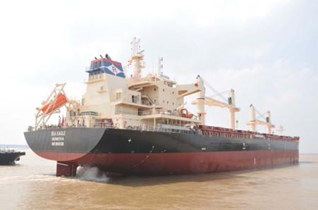 口岸船舶3.85万吨散货船(TK1026)海试凯旋