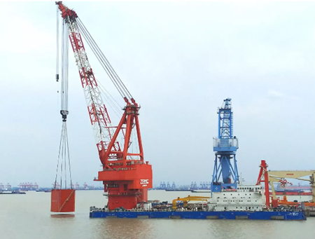 振华重工完成中交一航局1600吨全回转浮吊改造