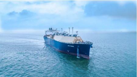 沪东中华YAMAL LNG项目首制船气体试航凯旋