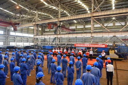 镇江船厂开工建造2艘全回转消拖两用船