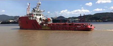 东南造船同日交付两艘65M海洋支持船