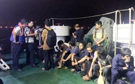 一船舟山海域遇险沉没14名船员获救