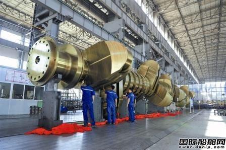 大连重工超大型曲轴助力国产智能原油船