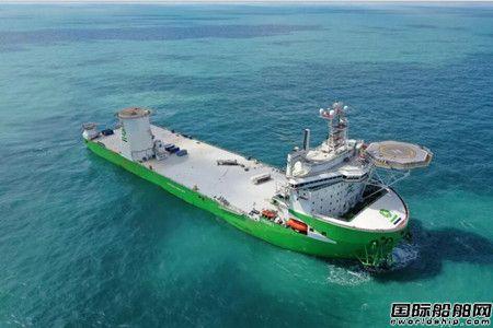 启东中远海运海工为DEME建造风电安装船完工启航